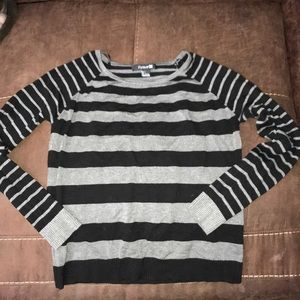 ➖Like new forever 21 striped sweater ➖